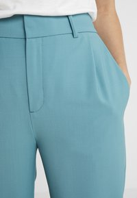 DRYKORN - FIND - Trousers - green - 5