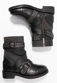 Pepe Jeans - MADDOX STUDS - Cowboy/biker ankle boot - black - 3
