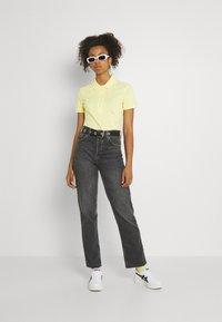 Lacoste - Polo shirt - gelb - 1