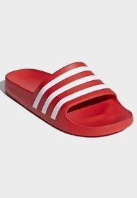 adidas Performance - ADILETTE AQUA SLIDES - Badslippers - red - 4