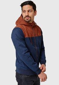 INDICODE JEANS - FLEMMING - Light jacket - rootbeer - 11