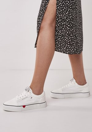 MACK PLATFORM - Trainers - white/red heart