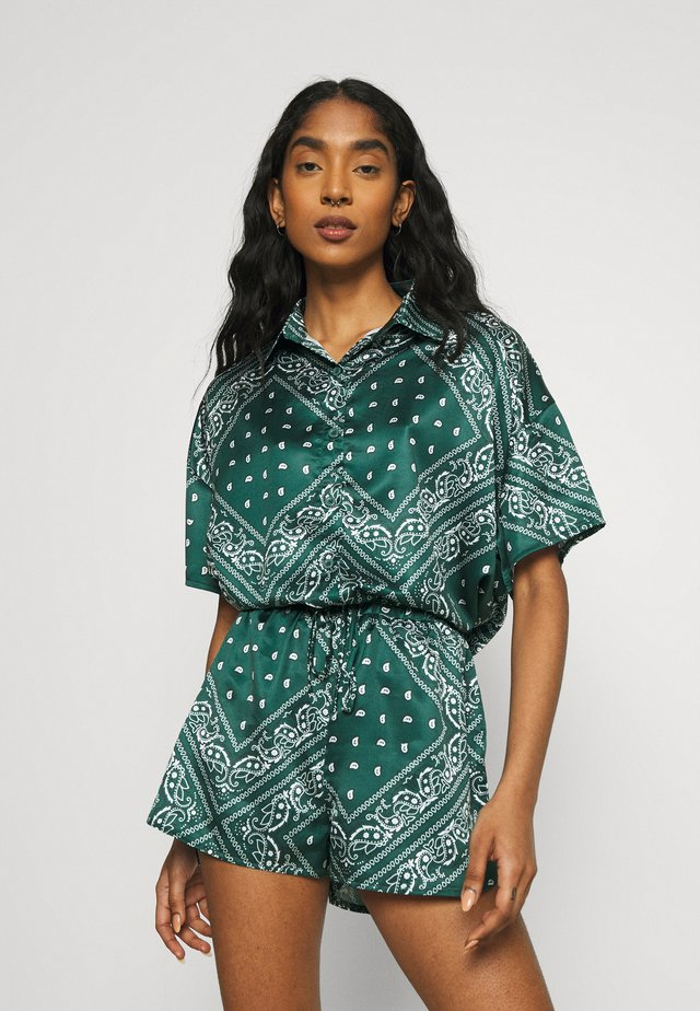 PAISLEY OVERSIZED SHORT SLEEVE  - Button-down blouse - green