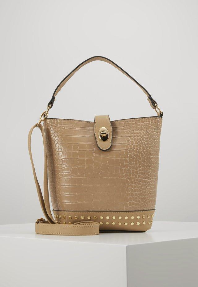 SAFFY STUDDED BUCKET - Handbag - camel
