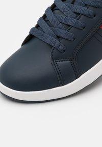 Polo Ralph Lauren - ORMOND - Tenisky - navy/red/white - 5