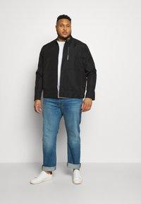 Burton Menswear London - BIG RACER JACKET - Summer jacket - black - 1