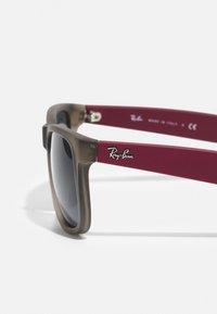 Ray-Ban - Sonnenbrille - transparent grey - 3