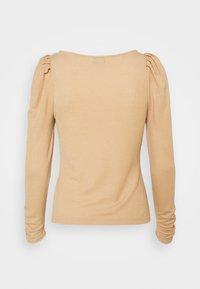 Dorothy Perkins Petite - Long sleeved top - camel - 1