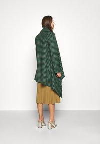 Vivienne Westwood - BLANKET COAT - Light jacket - green/plum - 2