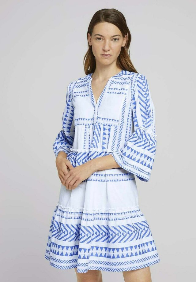 DRESS - Korte jurk - white blue large ikat design