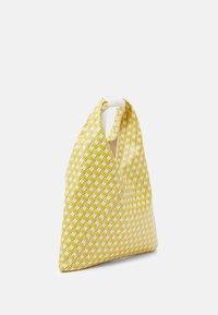 MM6 Maison Margiela - BORSA MANO - Bolso shopping - yellow - 2