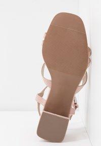 Miss Selfridge - STORMI  LOW BLOCK - Sandaler - nude - 6