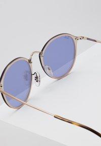 Ray-Ban - Sunglasses - bronze-coloured/copper-coloured - 2