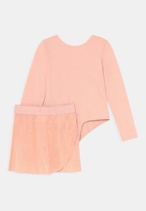 BALLET LONGSLEEVE SET - Spódnica sportowa - pink