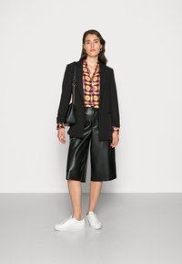 Emily van den Bergh - BLOUSE - Blouse - orange brown lilac geometric - 1