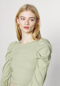 Monki - OFELIA - Long sleeved top - green dusty light - 3