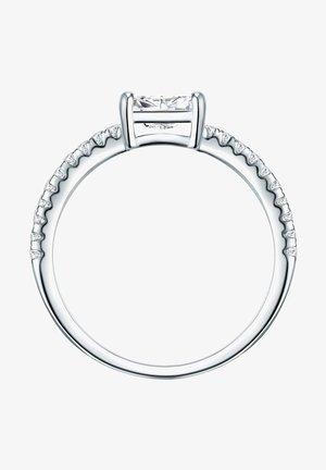 Pierścionek - silber