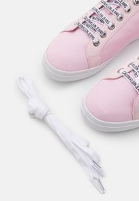 Calvin Klein Jeans - PROFILE LACEUP  - Trainers - pearly pink - 5