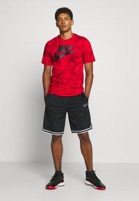 Nike Performance - TEE - Printtipaita - university red - 1
