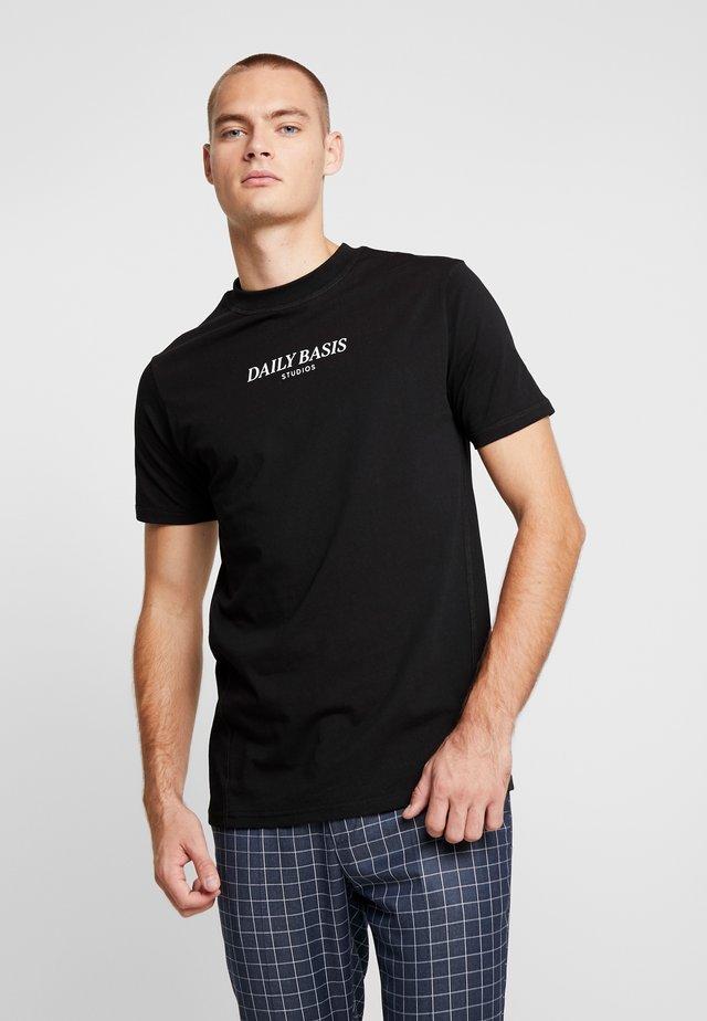 BASIC LOGO TEE - Print T-shirt - black
