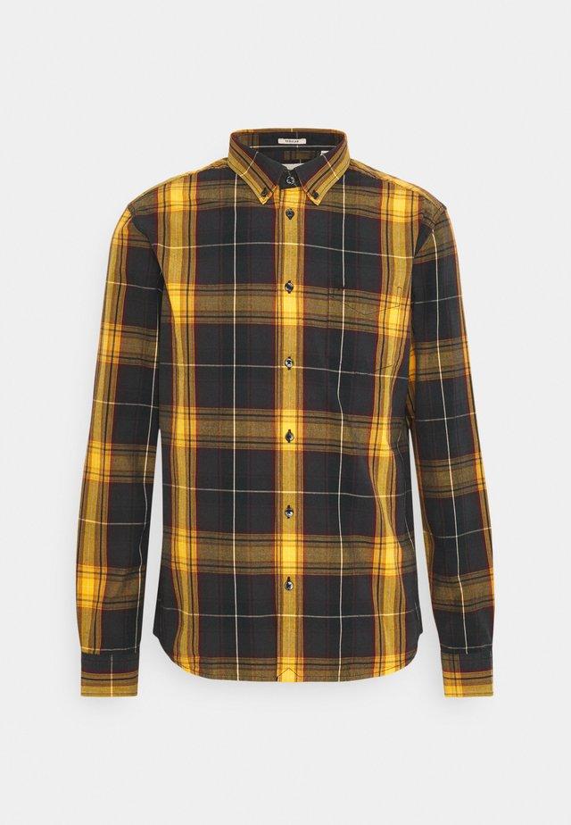 BUTTON DOWN SHIRT - Skjorte - spruce yellow