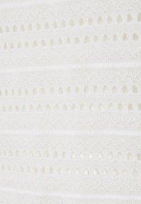 Vero Moda Petite - VMAMANDA - Basic T-shirt - snow white - 2