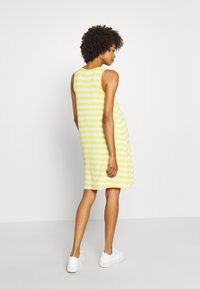 GAP - SWING DRESS - Jerseykjole - yellow - 2