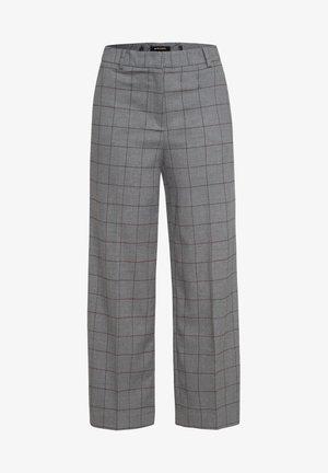 MIT BRAUNEM GITTERKARO - Trousers - grau