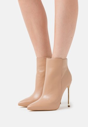 EHREN - High heeled ankle boots - beige neutro