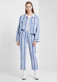 CLOSED - GLORIA - Trousers - bluebird - 1