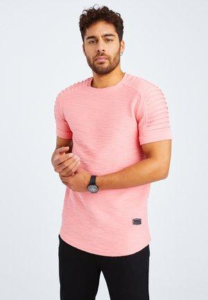 RUNDHALS - T-shirt basic - lachsfarben