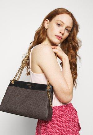 SUSAN  - Håndtasker - brown/black