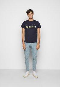 Hackett Aston Martin Racing - TEE - T-shirt print - navy - 1