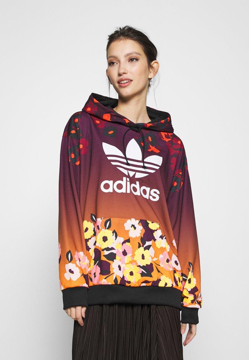 adidas Originals - GRAPHICS SPORTS INSPIRED HOODED - Kapuzenpullover - multicolor