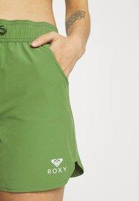 Roxy - Shorts da mare - vineyard green - 3