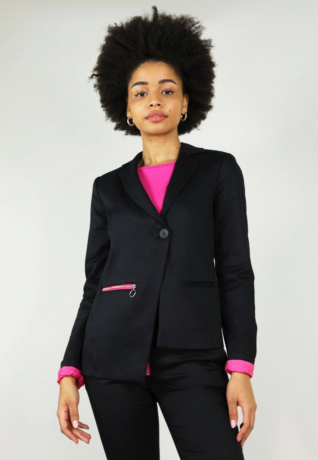 REVIVIFY - Blazer - black