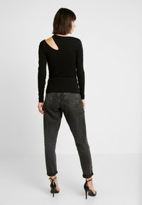 Nly by Nelly - CUT OUT - T-shirt à manches longues - black - 2