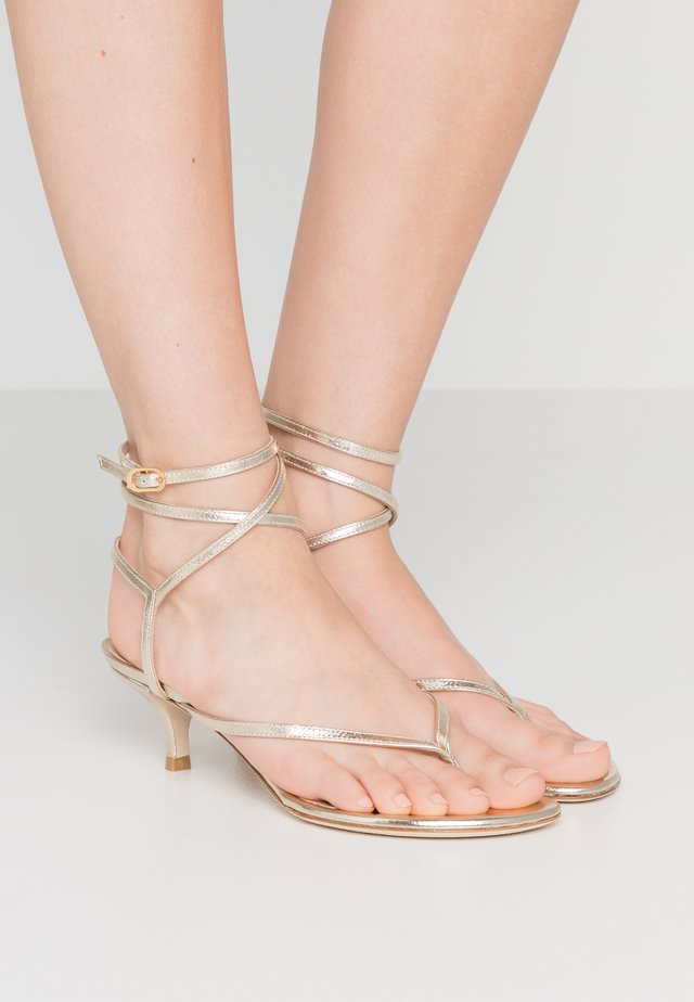 JIMENA  - T-bar sandals - platino