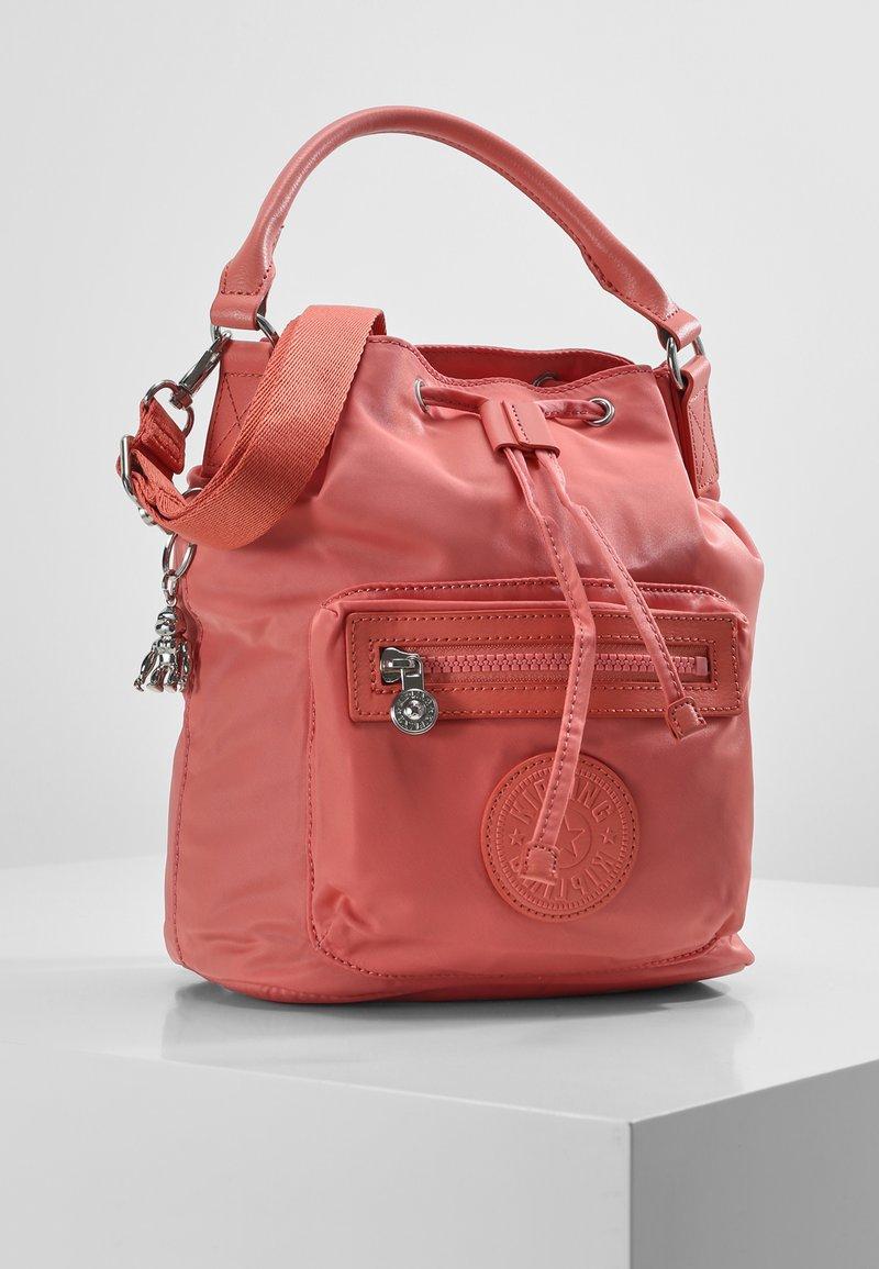 Kipling - VIOLET S - Rygsække - coral pink