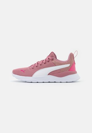 ANZARUN LITE METALLIC JR - Neutral running shoes - foxglove/white/glowing pink