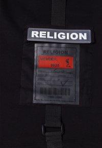Religion - Shorts - black - 4