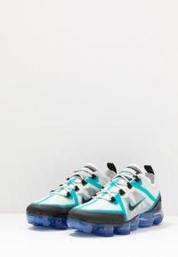 Nike Sportswear - AIR VAPORMAX 2019 - Sneakers laag - photon dust/black/oracle aqua/hyper blue - 3