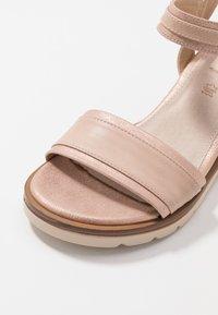 mtng - SAMA - Wedge sandals - trone rosa - 2