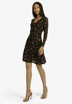 AUS LEICHT ELASTISCHER - Day dress - schwarz-rot
