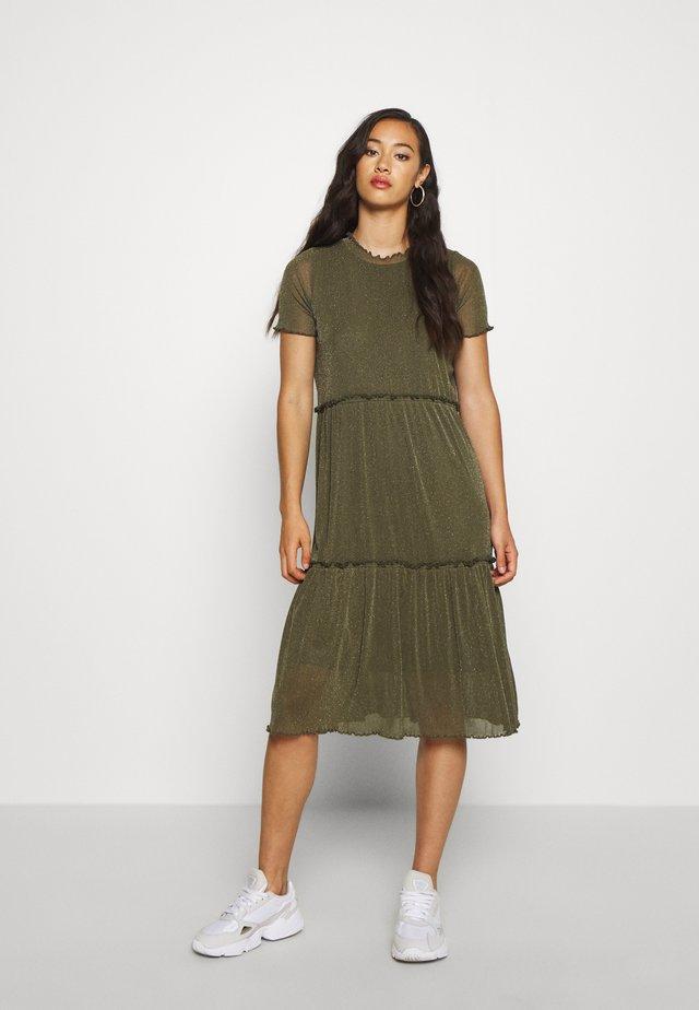 NAKKI - Vestido de punto - olive