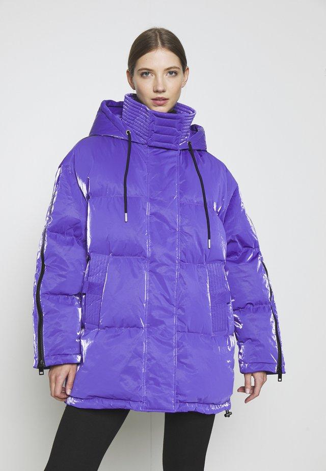 W-DERK JACKET - Down coat - purple