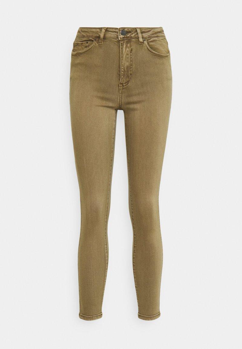 Vila - VIAMY PIGMENT DYE - Jeans Skinny Fit - butternut