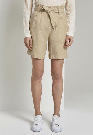 Shorts - cream toffee