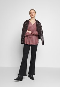 Betty & Co - Bluser - red - 1