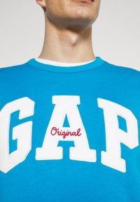 GAP - ORIGINAL ARCH CREW - Sweatshirt - arctic blue - 6